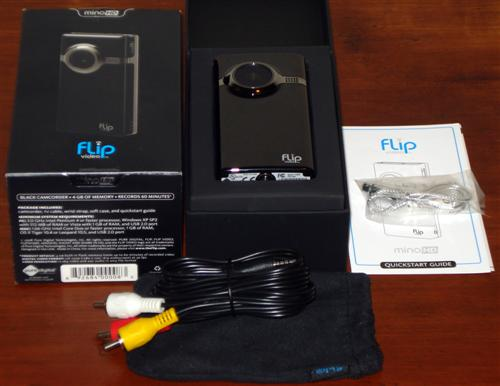 flip-mino-hd-review-inside-the-box