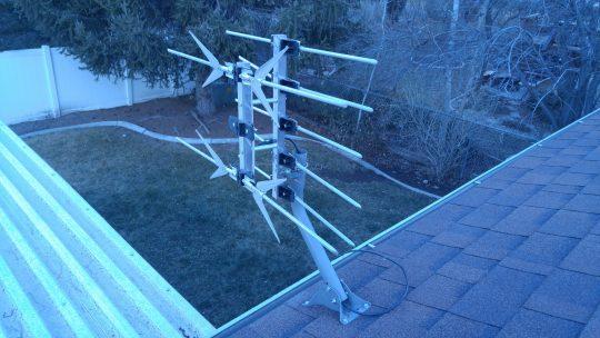 roof-mounted-hdtv-antenna